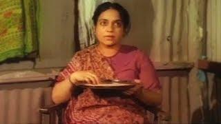 भाभी की बात माना करो - Kader Khan | Hindi Comedy Scene 8/23 | Allah Meherban to Gadha Pahelwan