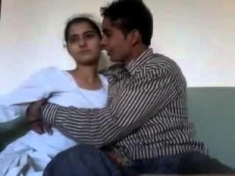 INDIAN school H@T GIRL OOPS MOMRNT