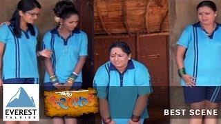 Kabaddi Player's in Sexy half pants - Dialogue Promo|Chal Dar Pakkad - Marathi Movie|Nirmiti Sawant