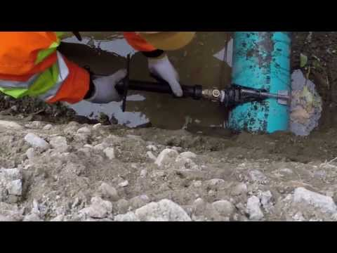 Hot tapping water main for PVC C-900