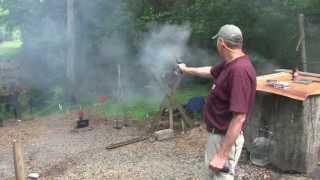 Black Powder vs Smokeless Powder