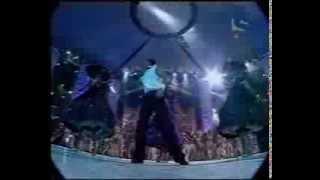 Hrithik Roshan - Filmfare Award 2003 Performance [in HQ]