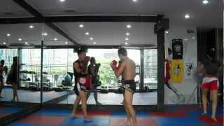 Sam-D and Zeramuk pad work at petchyindee academy