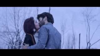 (HD) Katrina Kaif all Kissing Scenes in Fitoor!