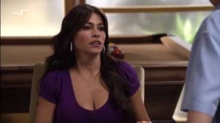 [HD] Sofia Vergara - Modern Family S02 E1&2