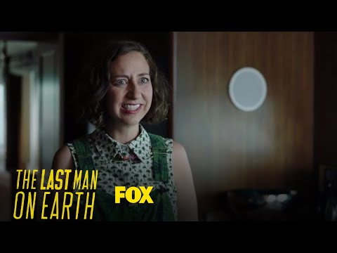 Carol Awkwardly Tries To Join Phil & Pamela's Conversation   Season 4 Ep. 1   THE LAST MAN ON EARTH