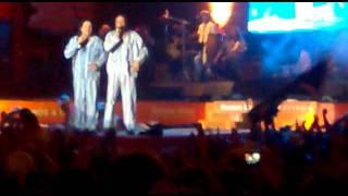 la argentinidad  al palo en vivo mar del plata 2012