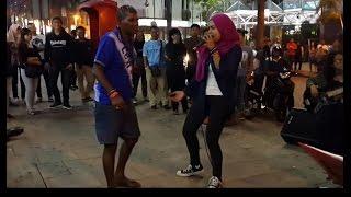 penasaran-enjoy dangdut bersama Zila seiras seirama feat kodoxs buskers