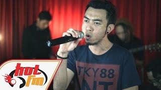 ESTRANGED - HANCUR AKU (LIVE) - Akustik Hot - #HotTV