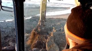 John Deere 800C L Loading Frost