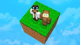 SURVIVNG WITH JEFF THE MOOSE IN MINECRAFT!