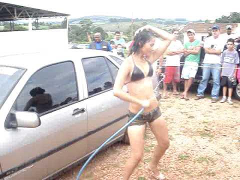 GAROTA PIRAZUERA