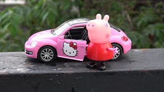 Hello Kitty Car Peppa Pig Monster and Surprise Sand Disney Pixar Cars toys play