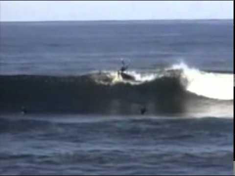 Sem Corte e Sem Censura Tubarões atacam surfista.