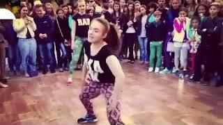 اجمل رقص فى الشارع رقص لم يصدق ابدا على مهرجان مسخرة - جديد 2018 - youtube