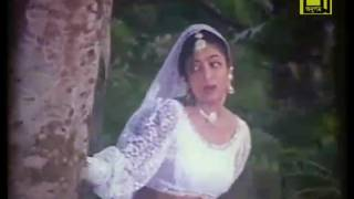 বাংলা ছবির একটা গান না দেখলে মিচ করবেন