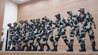 INDIAN BSF SUPER DANCE IN DELHI BY ALIUR RAHAMAN AND HIS FRIENDS