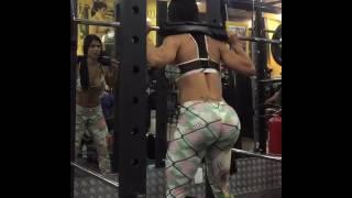 Agachamento - Treino de pernas by Eva Andressa