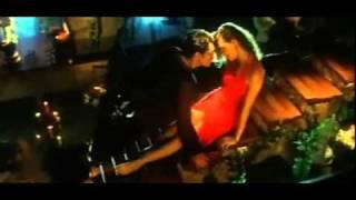 YouTube - Koi Mere Dil Mein Hain - Baahon Mein Nahin Rehna - Diya Mirza.flv