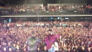 Dan + Shay - How Not To (Crowd Singing in Pittsburgh)