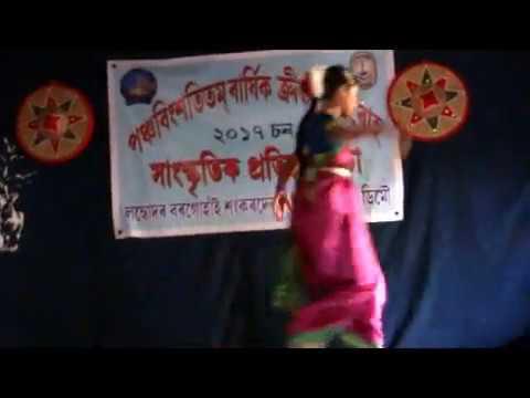 Godabari Nair Parore Pora performed by Gungun (Sayantana Devabarnini)