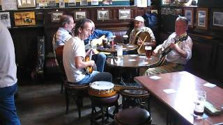 Live Music In Dublin Pub