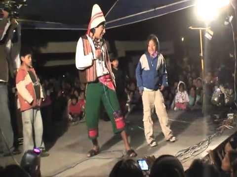 Cholo juanito en agato Otavalo.