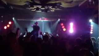 Ektor & DJ Wich - Loket z vokna [Live@Liďák, Mělník, 30.03.2013]