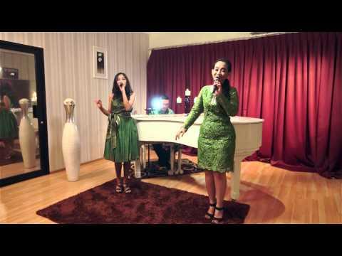 Veronica Rahendra & Astari Rahendra - Karena Aku Kau Cinta
