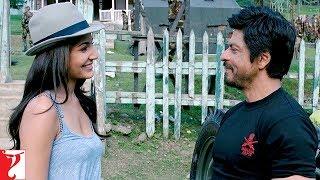 Supergirl | Jab Tak Hai Jaan | Scene | Shah Rukh Khan | Anushka Sharma