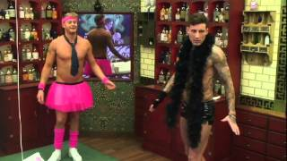 Scotty T and Jeremy kiss | Day 5