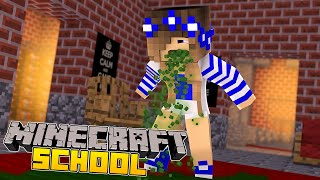 Minecraft School-Little Carly-LITTLE CARLY HAS A VOMITING BUG!!