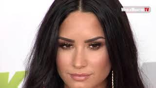 Demi Lovato arrives at 2017 KIIS FM