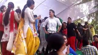 Dav pg collage Dehradun  GIRLS DANCE ON D J SONG 2017