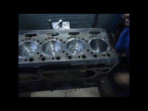 Montagem motor R380 scania