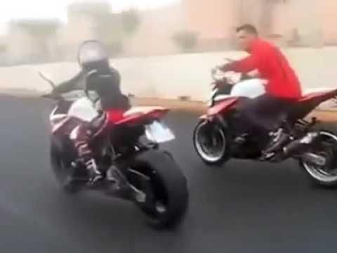 طفل مغربي مراكشي دو 7 سنوات يقود دراجة نارية kawazaki z1000 بكÙ