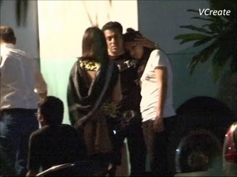 Xxx Mp4 Katrina Kaif Seen Taking Comfort On Salman Khan S Shoulder RARE UNSEEN VIDEO 3gp Sex