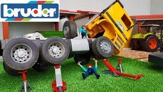 BRUDER toys RC Truck crash!