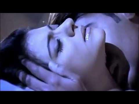 Ajay - Kajol video gone viral on PORN site!