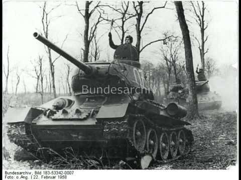 Kampfpanzer T 34 85. NVA. DDR