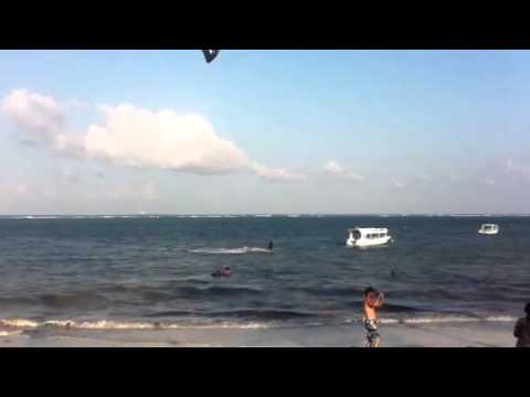 Kite Wind Surfing the Indian Ocean in Mombasa