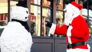 Scary Snowman Christmas Prank scaring Santa Clause - Season 2 Episode 3