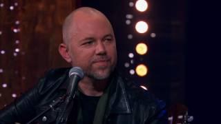 Lars Winnerbäck och Tomas Andersson Wij - Nu dör en sjöman
