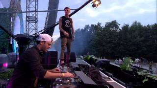 Tomorrowland 2014 | The Chainsmokers