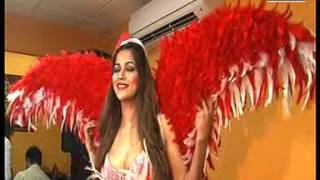 South Actress Tanisha As Santa Claus