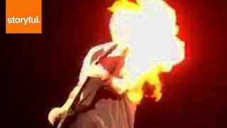 5 Seconds Of Summer Guitarist's Hair Catches Fires On Stage (Storyful, Crazy)