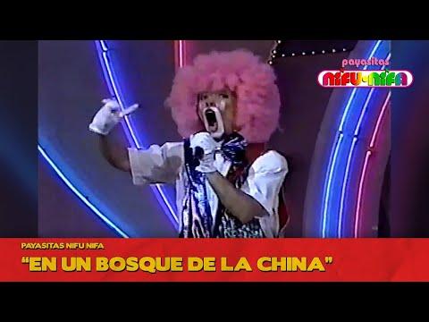 Payasitas Nifu Nifa En un Bosque de la China Súper Sábado Sensacional