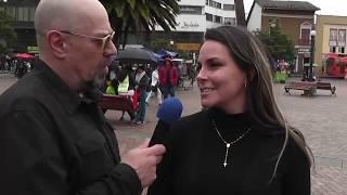Preguntas estúpidas de Santiago Moure en Pasto - La Tele Letal