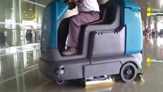 Klenco Tennant T12 Ride on Scrubber drier @Juanda airport Surabaya