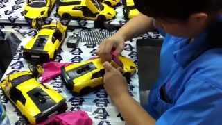 The Making Of AUTOart Die-Cast Models: Buffing and cleaning
